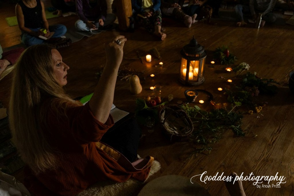 Lecture: Abundant harvest @ the Wild Roots Herbal Gathering 2021